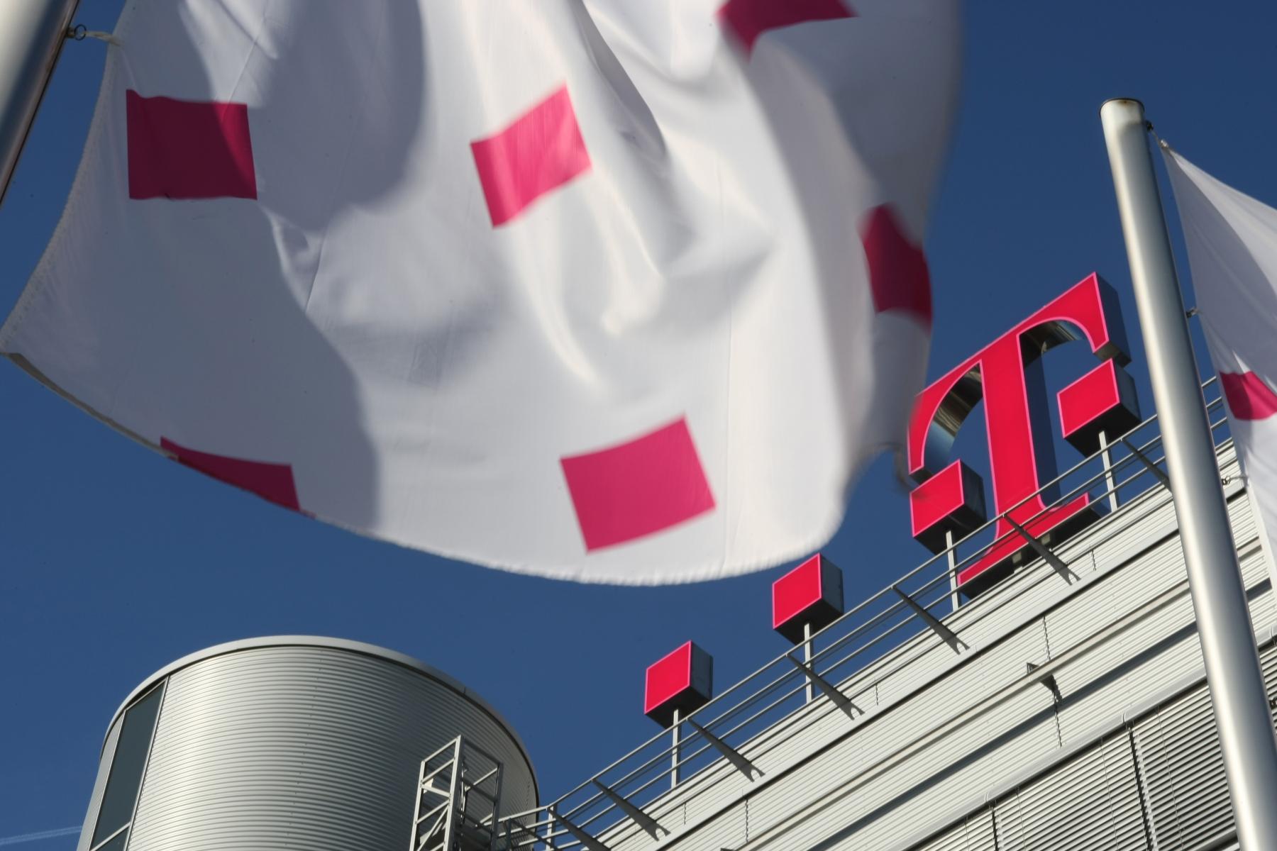 Bei der ohne Vorgaben (ungestützt) gestellten Frage nach den bekanntesten Unternehmen liegt die Deutsche Telekom mit klarem Abstand an der Spitze.
