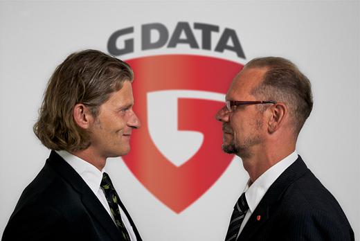 Dirk Hochstrate (rechts) mit Vorstand Frank Heisler