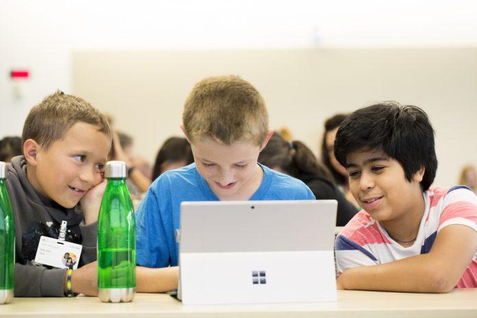 Digitalisierung der Schulen: Bildungsgewerkschaft macht Druck