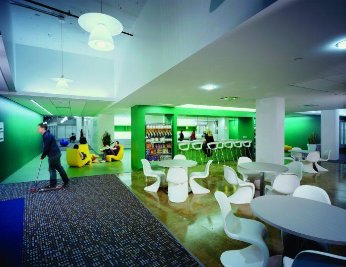Ein Blick in die Google-Firmenzentrale: Börsenwert legt weiter zu