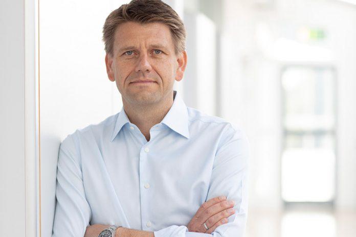 Oliver Steil, CEO